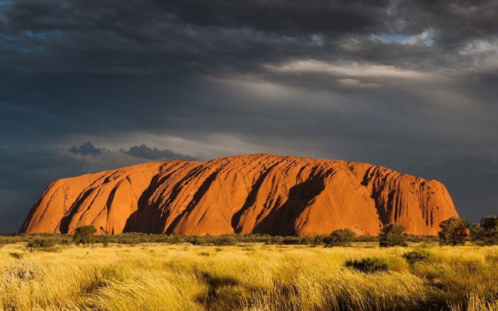 טיול לאוסטרליה - אולורו
