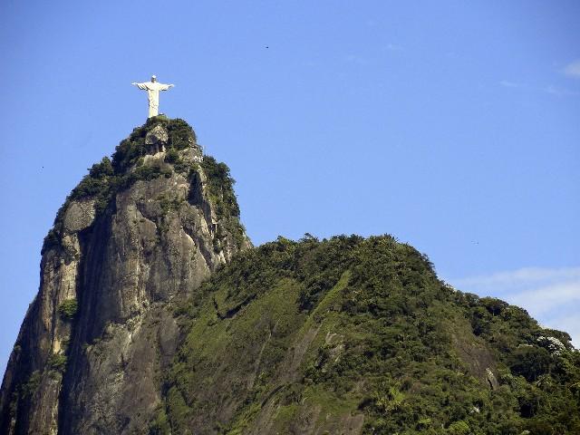 טיול לברזיל, ריו דה זניירו, פסל ישו קורקובדו