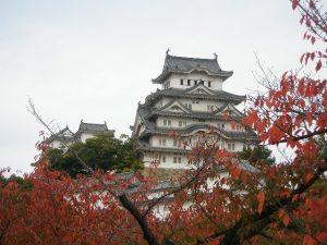 טיול ליפן , הטירה הלבנה של אוסקה