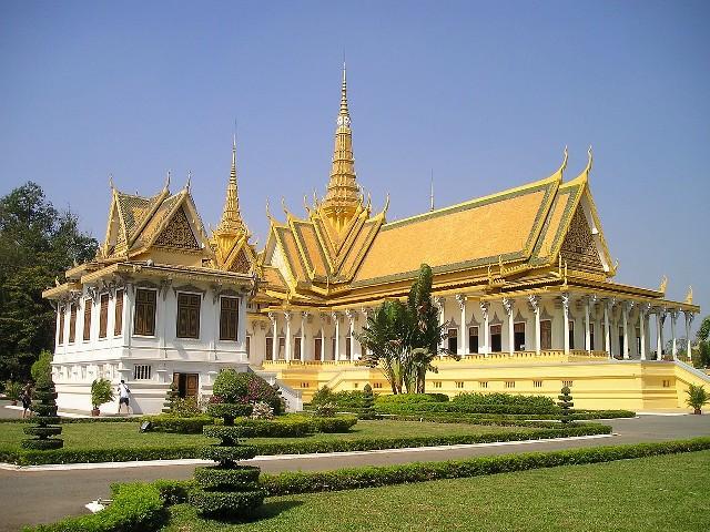 טיול לקמבודיה, הארמון המלכותי, פנום פן