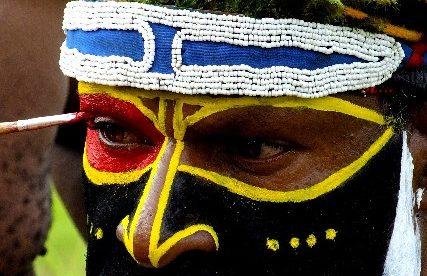 טיול בהתאמאה אישית לפפואה ניו גיני, שבטים נידחים