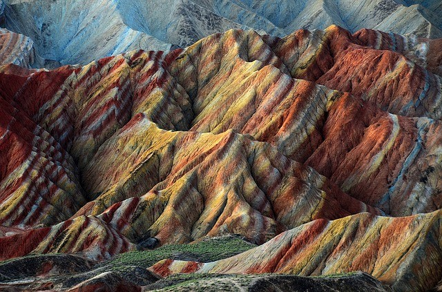 טיול לסין, ההרים הצבעונים של ג'אנגייה