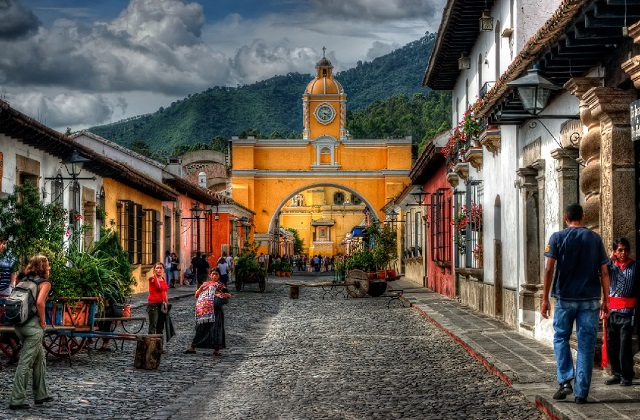 By Pedro Szekely from USA - Antigua, Guatemala, CC BY 2.0, https://commons.wikimedia.org/w/index.php?curid=12560606