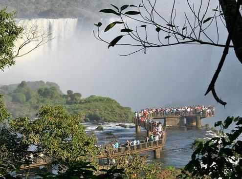 טיולים לברזיל, מפלי האיגוואסו, הצד הברזילאי
