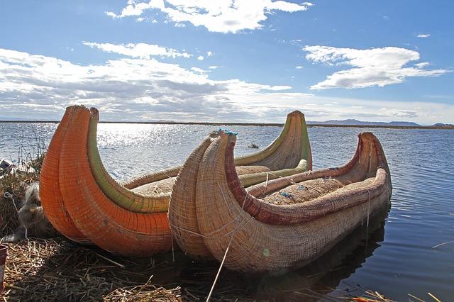 אגם טיטיקאקה פרו