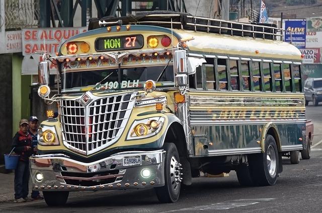 אוטובוס בגואטמלה