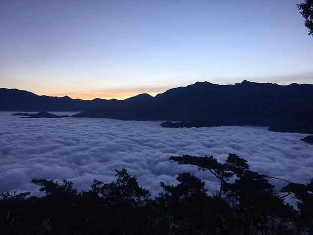 ים העננים באלי שאן, טיול לטאיוון