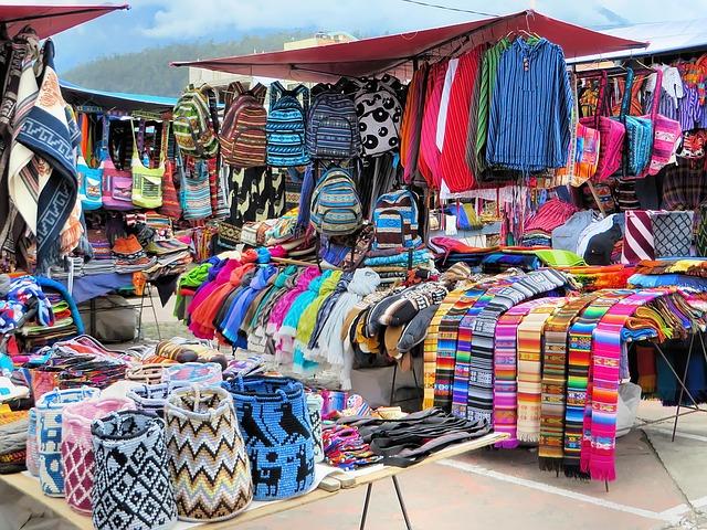 שוק אוטבאלו, טיול לאקוודור