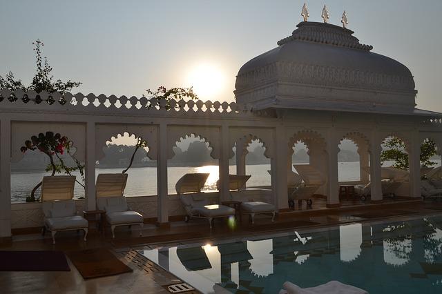 תצפית על אגם אודאיפור, הודו