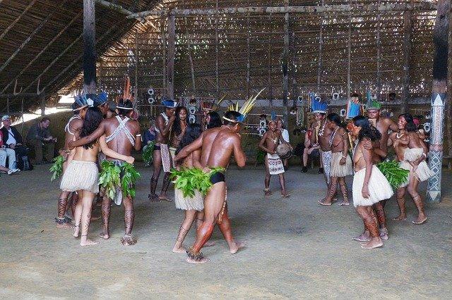 אינדיאנים באמזונס